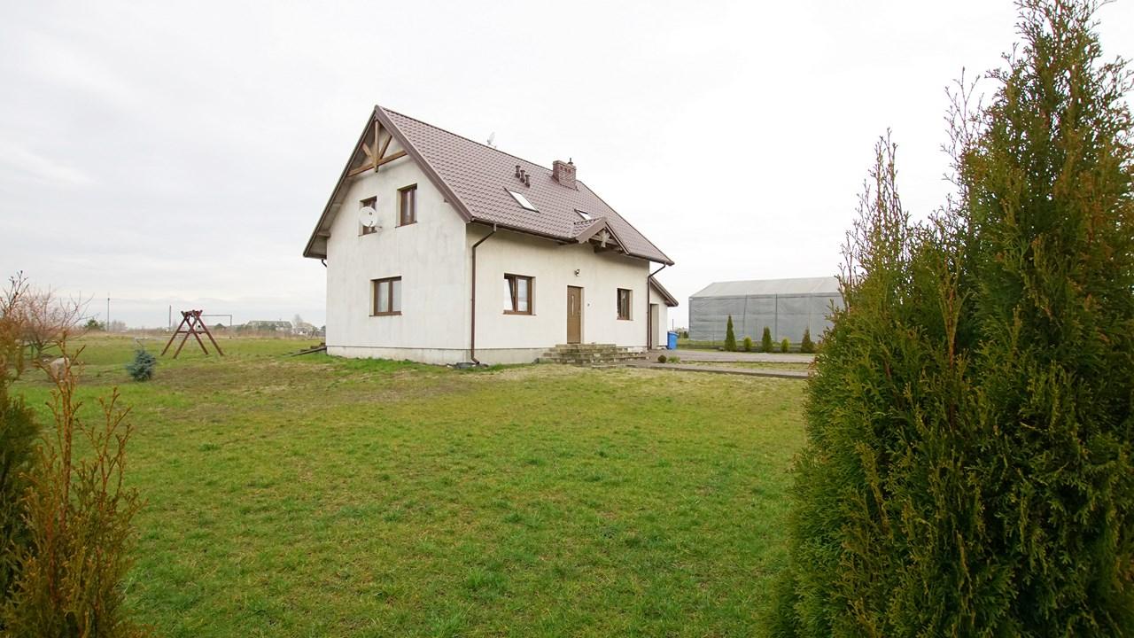 Dom do zamieszkania z dużą działką - Mańkowo 54B